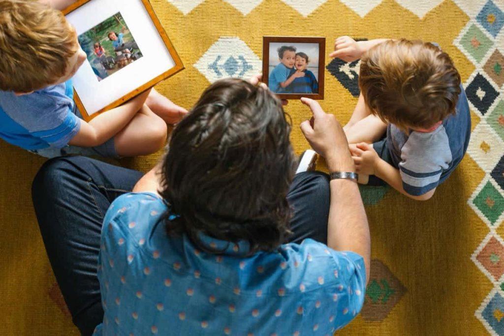 Cadeautip vaderdag: foto inkaderen of inlijsten